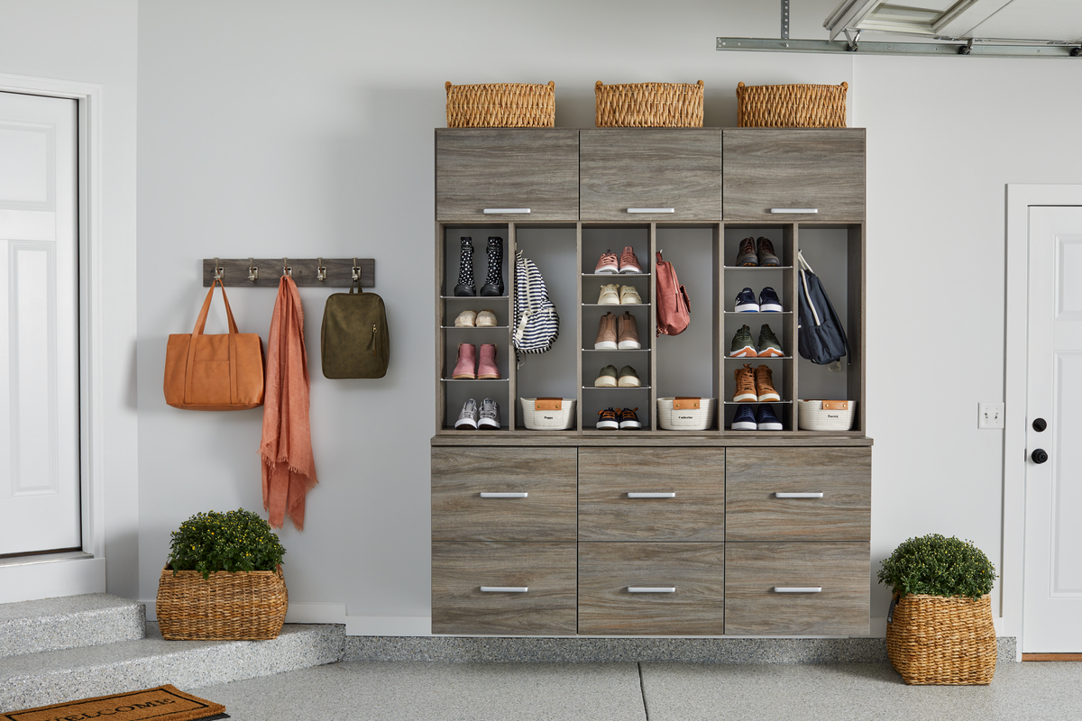 Garage entryway with shoe storage and large drawers
