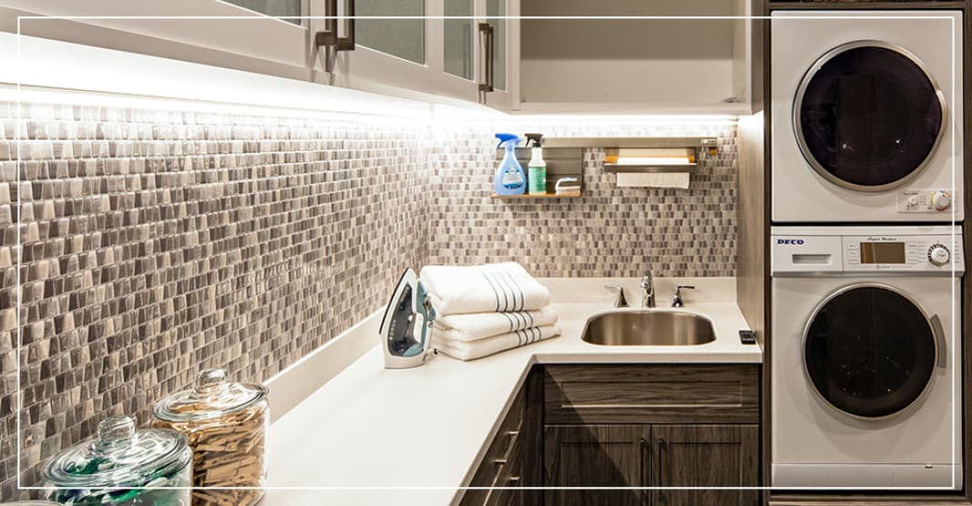 Rustic modern laundry room design trends
